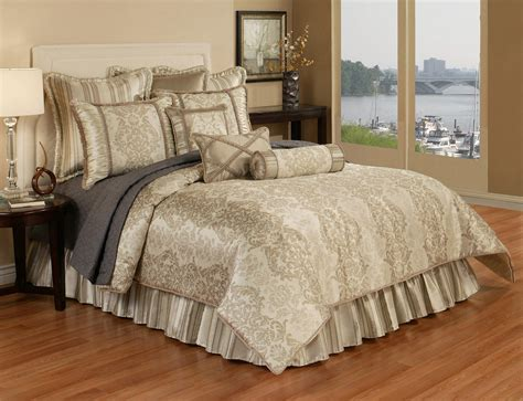 Horn Bedding by Hshire By Horn Luxury Bedding
