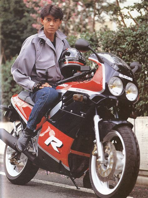 Figure Robot Satria Baja Hitam Buster black sun kamen rider black 25th anniversary tokyo pop