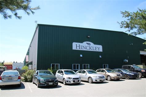 hinckley boat factory tour a visit to hinckley yachts sail pandora