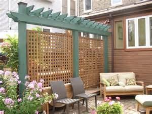 Patio Lattice Ideas by Privacy Lattice At End Of Deck Playscape Garden Ideas