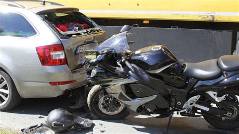 Unfall Motorrad Jakobneuharting by Bei Schwerem Unfall In Albaching Sozia Aus Ebersberg