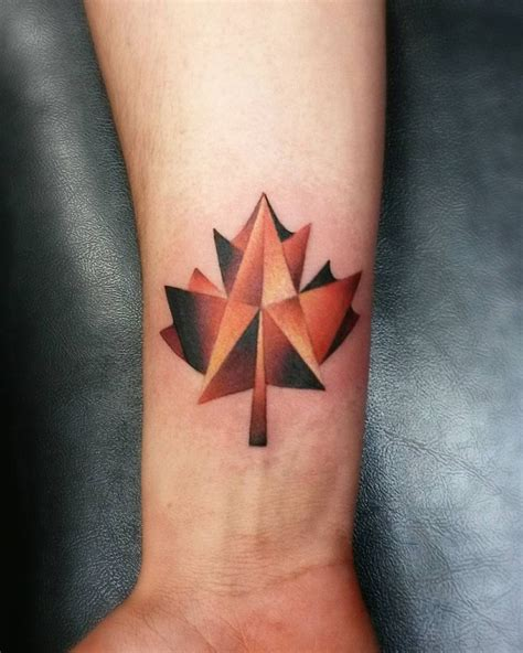 gold leaf tattoo best 25 maple leaf gold ideas on canada maple