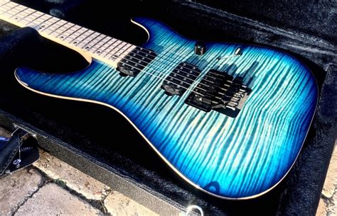 Kaos Viking 30 mcnaught nitrous blue mist burst aaaa top electric guitar