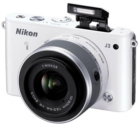 Nikon J3 by Nikon J3 Review