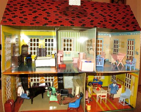 70s dollhouse i couldn t resist this vintage colonial dollhouse from the