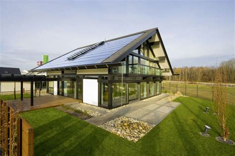 huf house grand designs huf haus saw one being constructed in kent on