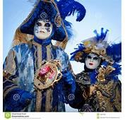 Couples Dans Des Costumes Sur Le Carnaval V&233nitien Image