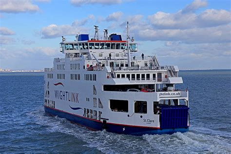 catamaran ferry to isle of wight get your ferry to the isle of wight wightlink ferries