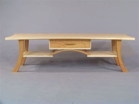 modern coffee table   simple shaker  table