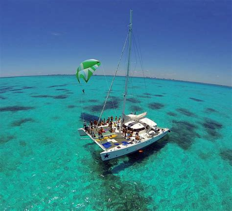 catamaran isla mujeres riviera maya isla mujeres catamaran tour from tulum wonderous world