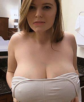 Naughty Flashing Sexmaaktblij