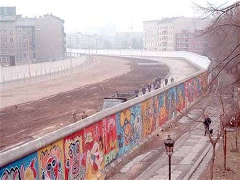 iron curtain wall unique facts about europe iron curtain