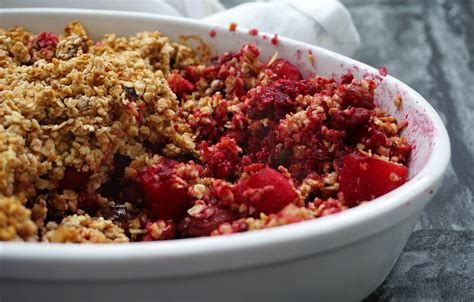 Cashew Crumble beetroot cashew and apple crumble fitness