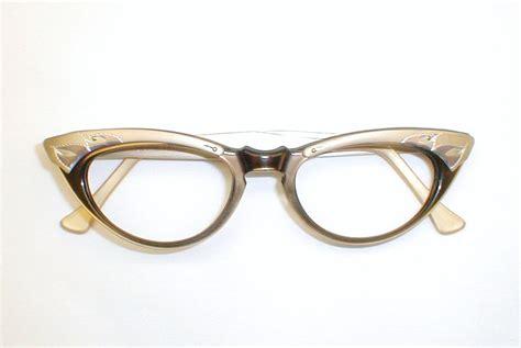 vintage s eyeglasses cats eye frames black and white