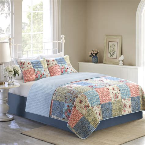 Walmart Quilts Clearance by Size Of Bedspread Walmart Quilt Sets