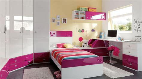 cuarto ordenado como limpiar correctamente el dormitorio sin mucho trabajo