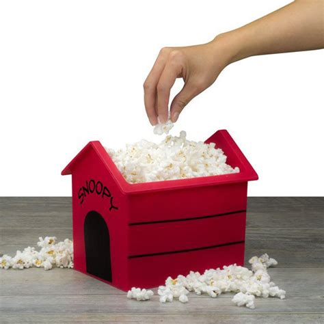 snoopy on the dog house snoopy dog house popcorn popper the green head