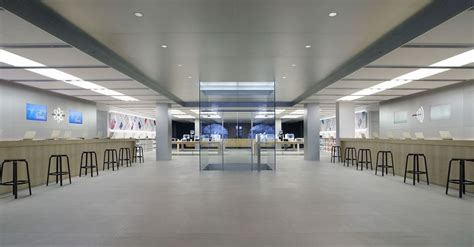 apple x singapore apple starts hiring for its upcoming singapore store