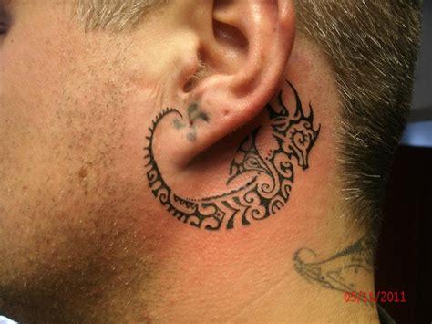 imagenes tatuajes detras de la oreja tatuaje detras de la oreja