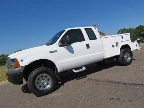 Buy used 2005 Ford F 350 Supercab Long Bed Utility Work