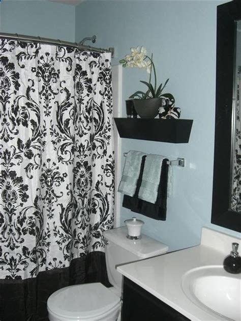 hall bathroom decorating ideas 109 best images about bathrooms on pinterest toilets
