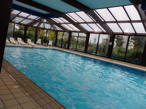le de piscine led piscine d eau de mer picture of le grand hotel des thermes marins de st malo malo