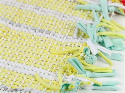 lade riciclate teppich aus altem t shirt machen