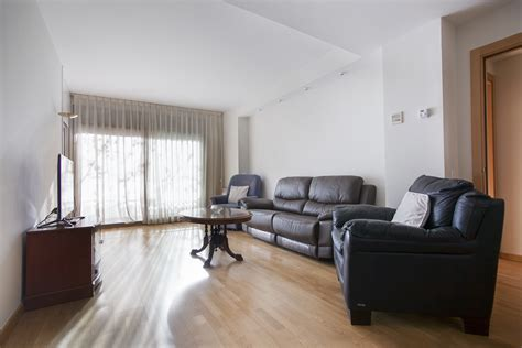 4 bedroom apartments rent 4 bedroom apartment for rent in poble nou