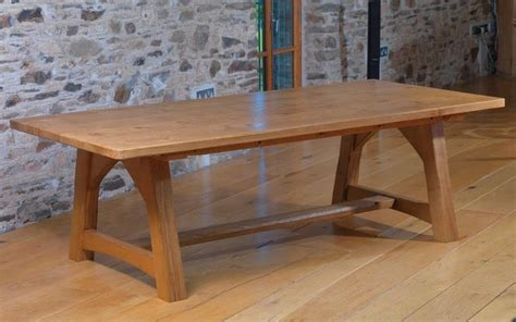 Bespoke Dining Room Tables by Handmade Dining Room Tables In Oak Ash Elm Handmade