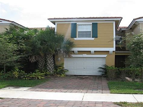 777 Pipers Cay Dr Apt 105 West Palm Beach Fl 33415 Houses For Sale In West Palm Fl 33415