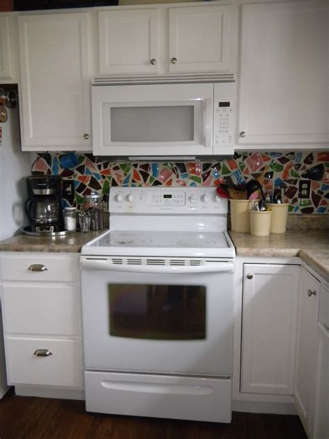 Painting Cabinets For A White Kitchen The Pretty Bee White Kitchen Cabinets White Appliances