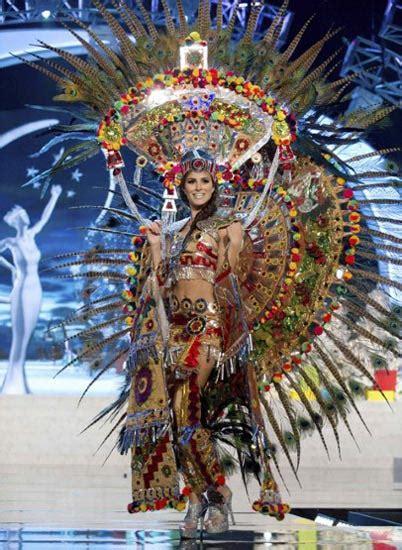 Karpet Bulu Korea Uk 80x130 Warna Putih 10 kostum nasional terbaik di miss universe 2012 khoirotul alfy