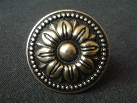 Antique Drawer Pulls Knobs by Vintage Style Dresser Knob Pulls Drawer Knobs Cabinet Door