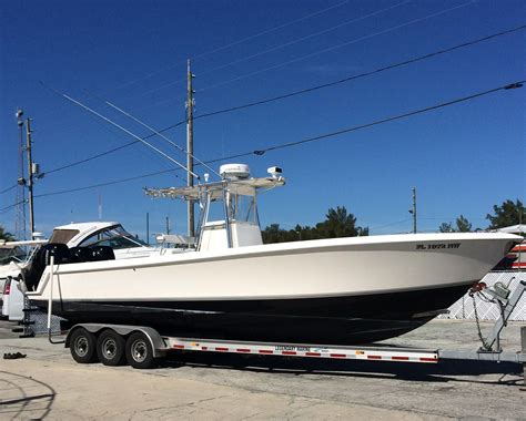 boat hull new 2009 contender 33 stepped hull center console power new