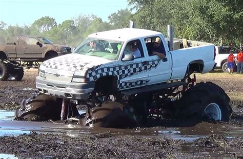 monster truck mud bogging videos monster truck dmax diesel creepin mud bogging ihmr
