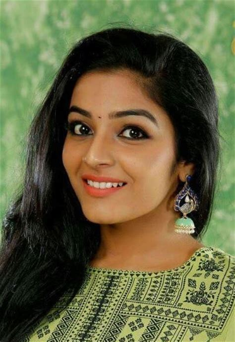Rajisha Vijayan Actor Images | rajisha vijayan malayalam actress profile date of birth