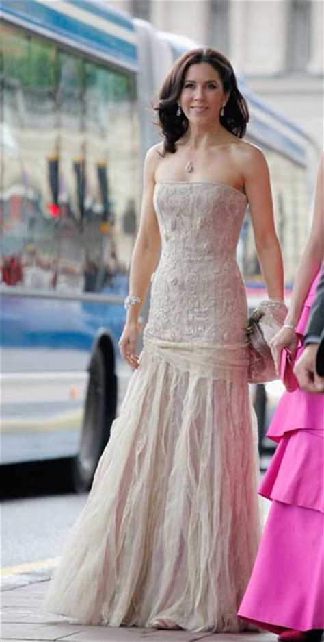 2007 Fashion In 10 Definitive Moments by Style Files Princess Of Denmark Photo 4