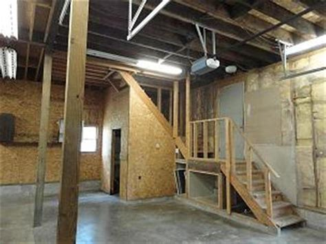 Apartment Above Store For Sale Thorntown In 2 3 Bedroom Home For Sale With Basement 2 Car