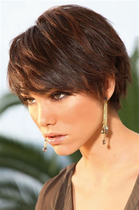 brunette haircuts pinterest 17 best ideas about short brunette hairstyles on pinterest
