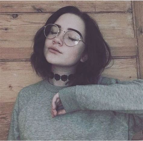 hairstyles with glasses tumblr 25 best ideas about grunge haircut on pinterest short