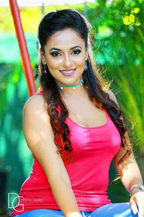 sri lankan actress facebook photos sri lankan actress navel and hot pics sri lankan