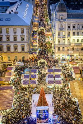 budapest christmas market 2018 dates, hotels, things to