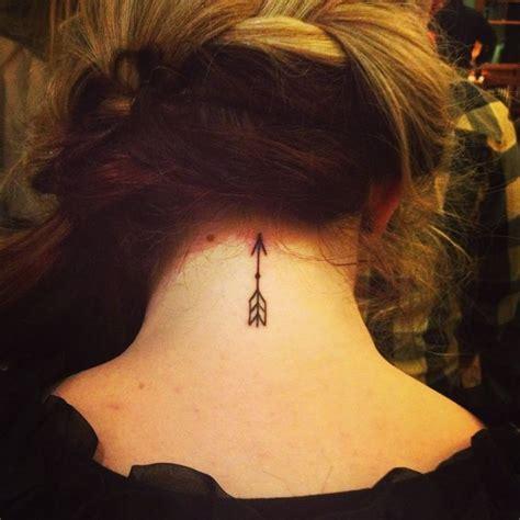 tattoo back arrow unpainted small arrow tattoo with point tattooimages biz