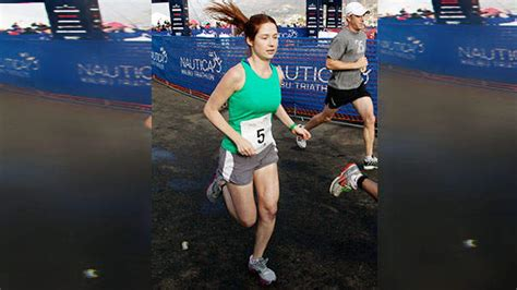 Magazinecustomerservice by Ellie Kemper S Keys To Race Prep Soulcycle And Ben