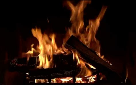 Real Fireplace Screensaver by 3d Realistic Fireplace Screensaver 2015
