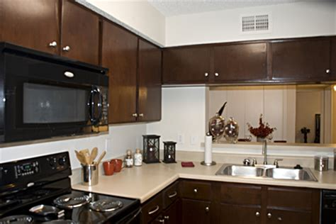 apartment kitchen cabinets kitchen cabinets in apartments apartment kitchen units