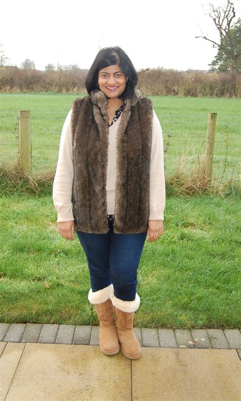sewing pattern gilet faux fur gilet vest sewing projects burdastyle com