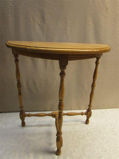 Oak Entry Table Lot Detail Half Oak Entry Table