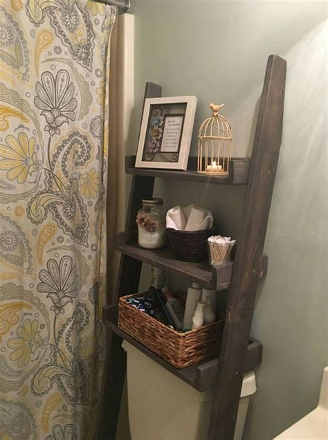 over the toilet ladder 25 best ideas about shelves over toilet on pinterest
