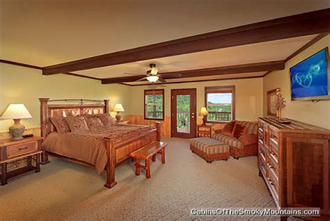 6 bedroom cabins in gatlinburg gatlinburg cabin smokies tower 6 bedroom sleeps 19